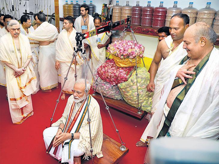 केरळात खातेही उघडले नसताना आभार, हेच माझे संस्कार - मोदी; गुरुवायूरमध्ये जाहीर सभा, कृष्ण मंदिरात दर्शन-पूजा|देश,National - Divya Marathi