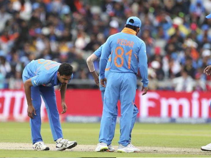 WolrdCup/ भारताला शिखर धवननंतर दुसरा मोठा धक्का, स्नायुंच्या दुखापतीमुळे भुवनेश्वर कुमार पुढील 3 सामन्यासांठी बाहेर, शमीला मिळणार संघात स्थान स्पोर्ट्स,Sports - Divya Marathi