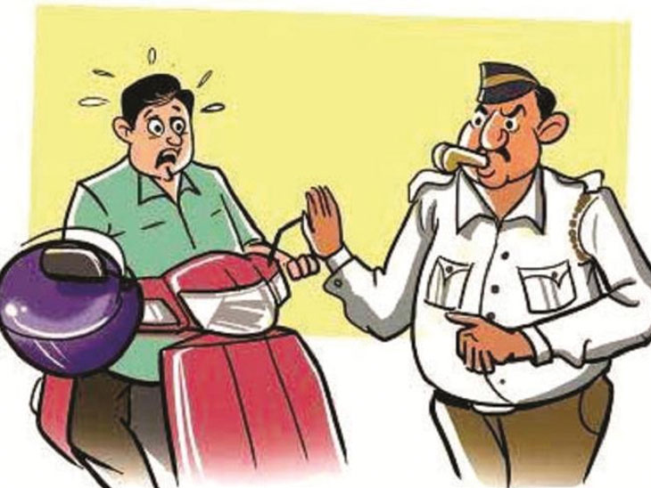 हेल्मेट सक्तीसंदर्भातील पोलिसांच्या कारवाईला पुण्यात स्थगिती, मुख्यंमंत्र्यांनी दिल्या पोलीस आयुक्तांना सूचना|पुणे,Pune - Divya Marathi