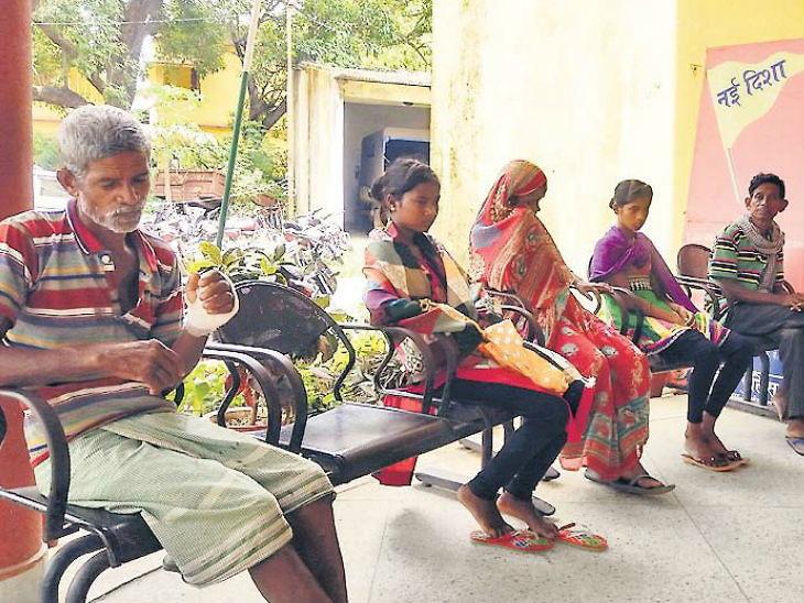 माय-लेक चेटकीन असल्याचे सांगत शेजाऱ्यांनी घेतला जीव, मुलीवर बलात्कार झाला असल्याचा पोलिसांना संशय|देश,National - Divya Marathi