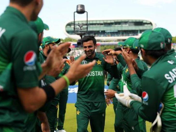 World Cup/ पाकिस्तानचा अष्टपैलू खेळाडू शोएब मलिकचा एकदिवसीय क्रिकेटला अलविदा, विश्वचषकात भारताविरोधात खेळला अखेरचा सामना|स्पोर्ट्स,Sports - Divya Marathi
