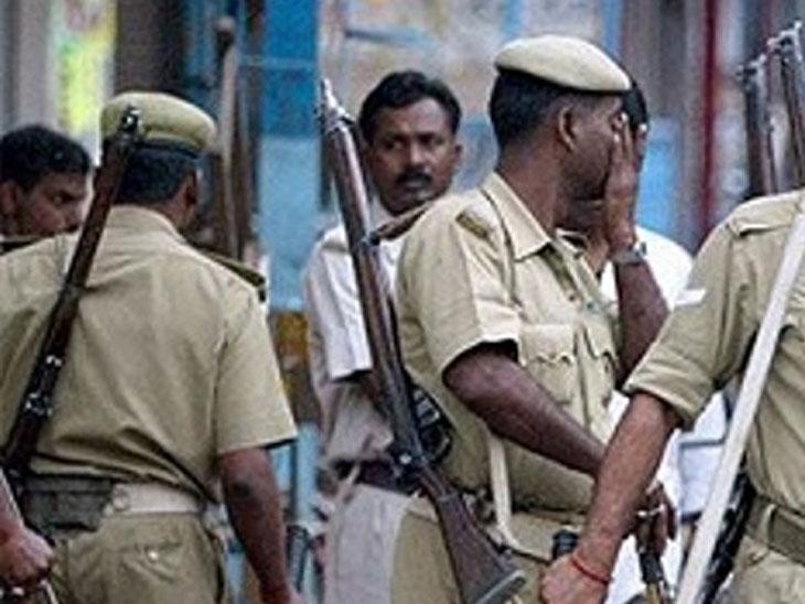 अमरनाथ यात्रेदरम्यान महिलेचा अंघोळ करताना काढत होता व्हिडिओ, पोलिस कॉन्सटेबलला घेतला ताब्यात देश,National - Divya Marathi