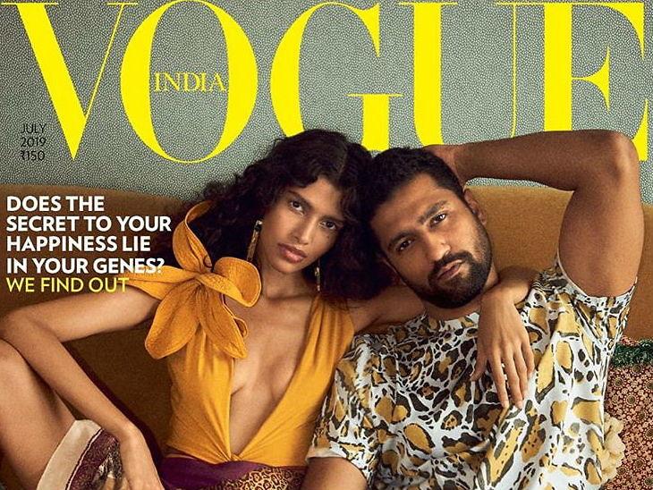 विकी कौशलने वोग मॅगझिनसाठी केले फोटोशूट, मॉडेल पूजा मोरसोबत शॉवरमध्ये भिजतांना दिसला| - Divya Marathi