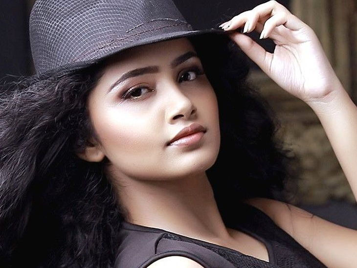 जसप्रीत बुमराहसोबत डेटिंगच्या पसरत्या बातम्यांबद्दल साऊथ अभिनेत्री अनुपमा म्हणाली - 'आम्ही केवळ चांगले मित्र आहोत...'  - Divya Marathi