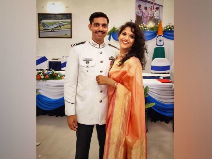 Inspirational: भारताच्या शहीद वैमानिकाची विधवा हवाई दलात होणार सामिल, एसएसबी परीक्षेत झाली उत्तीर्ण देश,National - Divya Marathi