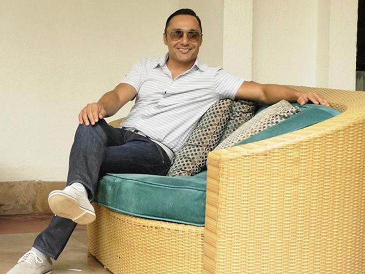 राहुल बोसने ऑर्डर केली 2 केळी, तर फाईव्ह स्टार हॉटेलने सोपवले 442 रुपयांचे बिल| - Divya Marathi