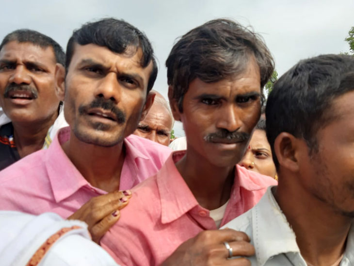 गोसीखुर्द प्रकल्पातून 50 हजार हेक्टर जलसिंचन केल्याचा मुख्यमंत्र्यांचा दावा, शेतकरी म्हणतात- 'आमच्या पर्यंत पोहोचलेच नाही'| - Divya Marathi
