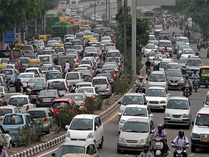 वाहतूक नियम मोडाल तर यापुढे भरावा लागेल 10 पट दंड, मोटार वाहन कायदा दुरुस्तीला मिळाली मंजुरी| - Divya Marathi