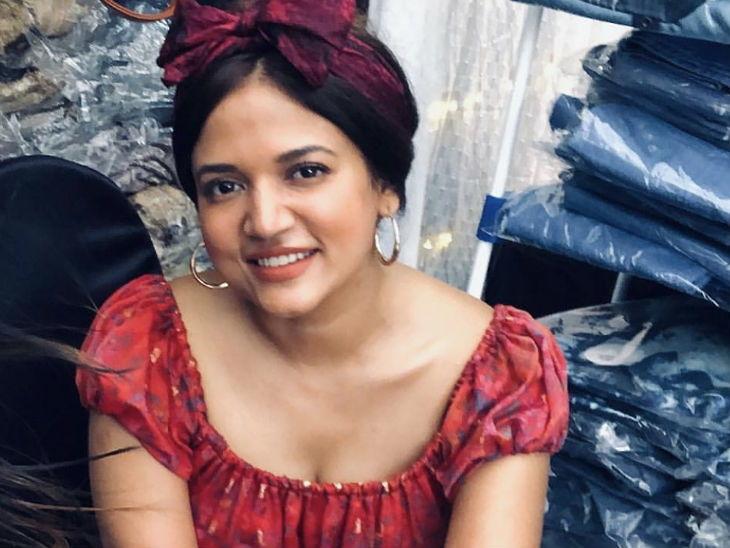 'केबीसी' शोसाठी इटलीहून येतो अमिताभ बच्चन यांच्या सूटचा कपडा, स्टायलिस्ट प्रिया पाटीलची खास मुलाखत| - Divya Marathi