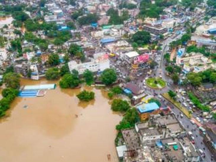 गाेदाकाठनजीकच्या गावांत तीन दिवसांनंतर पूर ओसरला; आश्रित हजार लाेकांना पुन्हा घरी पाठवले|औरंगाबाद,Aurangabad - Divya Marathi
