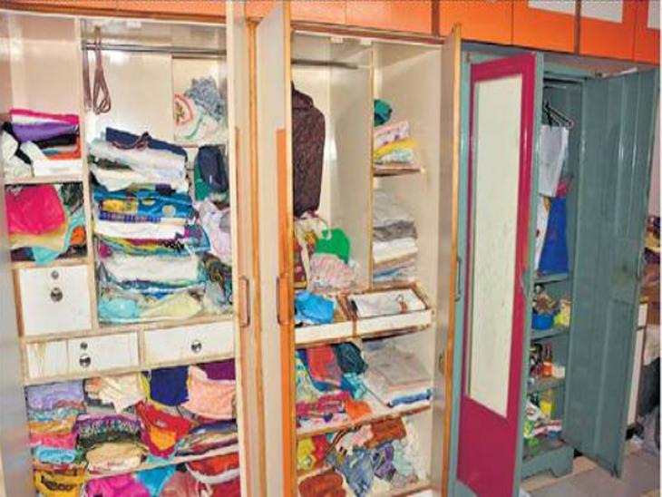 सलग चौथ्या दिवशी चार घरे फोडली, २३ तोळे सोन्याचे दागिने, २८ हजारांची रोकड लांबवली|जळगाव,Jalgaon - Divya Marathi