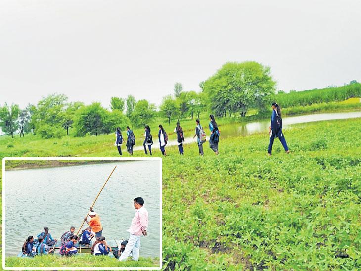 पैनगंगा नदीच्या काठावरील हिमायतनगर तालुक्यातील विद्यार्थ्यांना पाण्यातून मार्ग काढत गाठावी लागते शाळा| - Divya Marathi