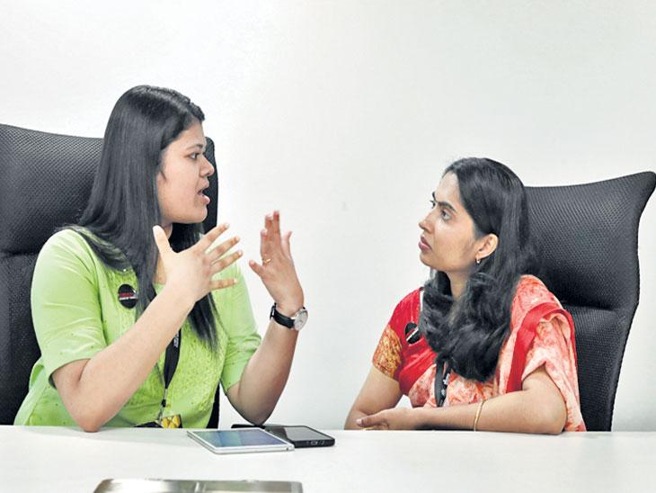 DvM Special : देशातील पहिले डीफ स्टार्टअप; मूकबधिरांना तांत्रिक शिक्षण देण्यासाठी दोन महिलांनी उभारली अकादमी  - Divya Marathi
