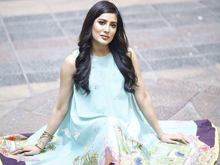 पाकिस्तानी अभिनेत्री मेहविश हयातने केला बॉलिवूडवर आरोप - 'आमचीच गाणी चोरून आम्हालाच शिव्या देता' | - Divya Marathi