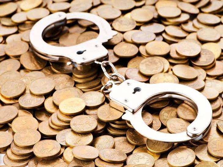 नागपुरात पोलिसांकडून लाच स्वरुपात ३ तरुणींची मागणी|नागपूर,Nagpur - Divya Marathi
