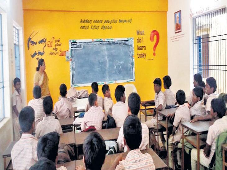 शिक्षक दिन विशेष: वडाच्या झाडामुळे प्रसिद्ध होती डॉ.सर्वपल्ली राधाकृष्णन यांची शाळा, आज प्रार्थनेआधी सांगितली जाते त्यांची गोष्ट| - Divya Marathi