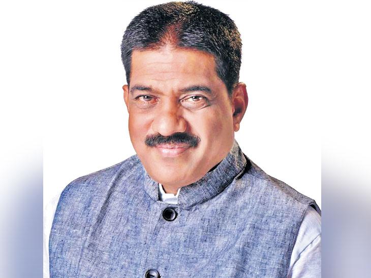 राष्ट्रवादीचे रायगड जिल्हाध्यक्ष प्रमोद घोसाळकर शिवबंधनात| - Divya Marathi