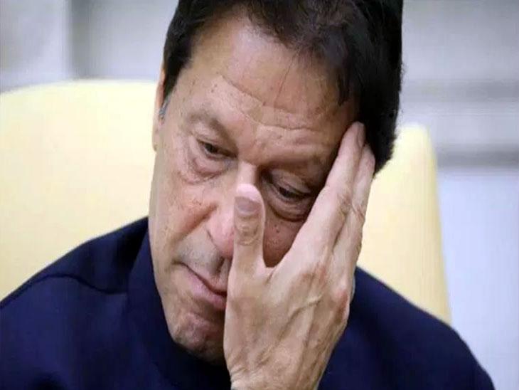 अमेरिकेने सोव्हिएतविरोधी युद्धात पाकिस्तानी जिहादींना प्रशिक्षण दिले, आता त्यांच्यावर बंदी आणणे योग्य नाही -पाक पंतप्रधान इम्रान खान| - Divya Marathi