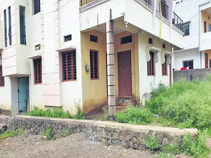 गळा आवळून महिलेचा खून; दोन वर्षांच्या मुलीलाही मारण्याचा प्रयत्न|औरंगाबाद,Aurangabad - Divya Marathi