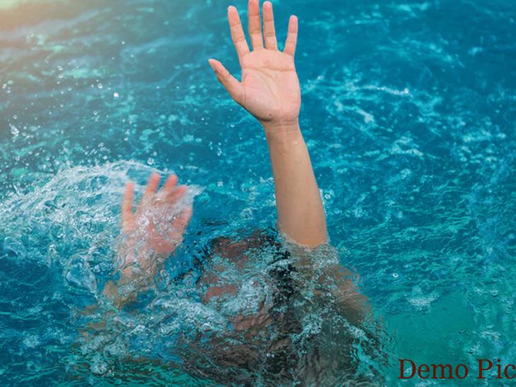 बुडणाऱ्या मुलाला वाचवताना आईसह मुलाचा बुडून मृत्यू|अहमदनगर,Ahmednagar - Divya Marathi
