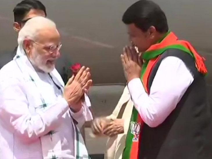 जय भीम, जय शिवाजी म्हणत पीएम मोदींनी नाशिकमध्ये केले पुन्हा आपलेच सरकार आणण्याचे आवाहन नाशिक,Nashik - Divya Marathi
