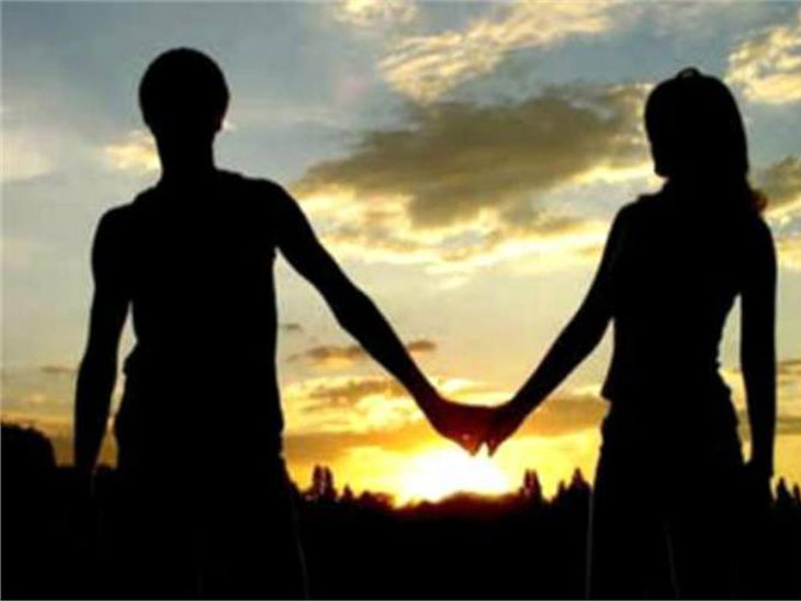 दागिने घेऊन विवाहितेचे प्रियकरासोबत पलायन| - Divya Marathi