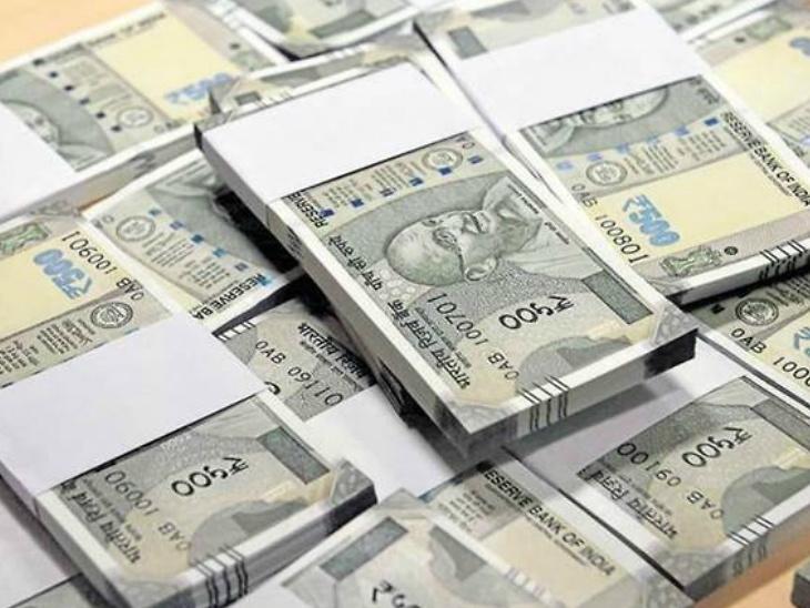तमिळनाडूतील दांपत्याने चुकून खात्यात आलेले 40 लाख रुपये खर्च केले, आता झाला 3 वर्षांच्या तुरुंगवास| - Divya Marathi