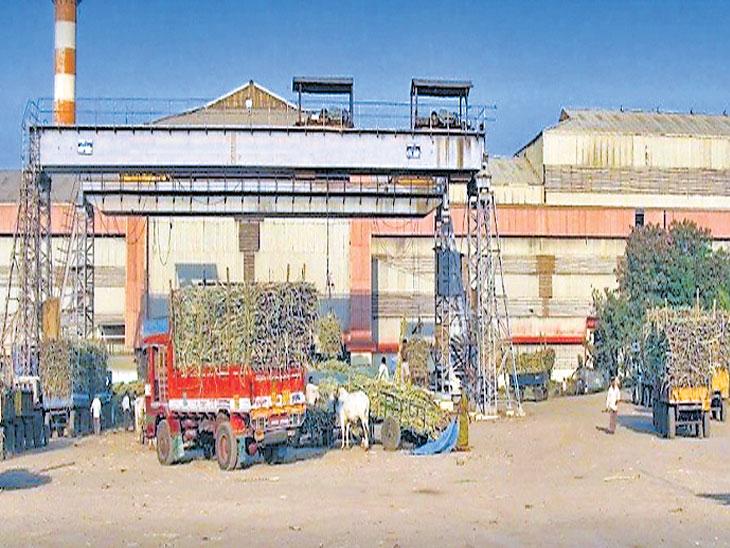 साखर कारखाने विकत घेता येण्यासाठी सात समित्यांनी सुचवलेल्या सुधारणाही टाळल्या|औरंगाबाद,Aurangabad - Divya Marathi