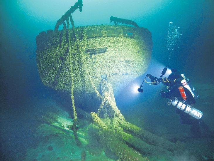 पाणबुड्यांनी १४० वर्षांपूर्वी बेपत्ता झालेली दोन जहाजे शोधली, दहा वर्षांपासून सुरू होता शोध| - Divya Marathi