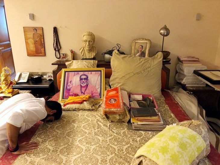 आदित्य ठाकरेंनी वरळीतून दाखल केला उमेदवारी अर्ज; उद्धव ठाकरेंनी मानले राज यांचे अप्रत्यक्ष आभार मुंबई,Mumbai - Divya Marathi