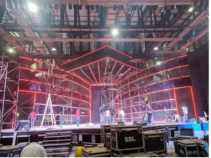 नव्या सेटवर होईल 'सुपरस्टार सिंगर' च्या ग्रँड फिनालेचे शूटिंग, वास्तुमुळे बदलले गेले लोकेशन|टीव्ही,TV - Divya Marathi