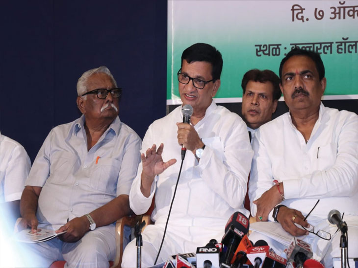 युतीच्या अपूर्ण घोषणा-योजना  महाआघाडीच्या जाहीरनाम्यात! शेतकऱ्यांना कर्जमाफीचे गाजर; शहरांमध्ये मालमत्ता कराची माफी|मुंबई,Mumbai - Divya Marathi