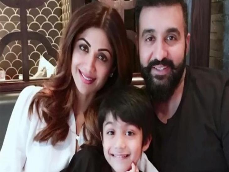 शिल्पा शेट्टीने पती आणि मुलासोबत साजरा केला दसरा, घरात केले रावण दहन |देश,National - Divya Marathi