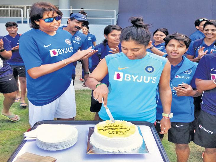 भारताची मिताली  राज १०० सामने जिंकणारी दुसरी कर्णधार| - Divya Marathi