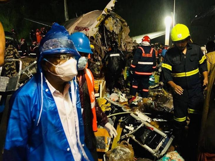 विमानात 180 प्रवाशी आणि 6 क्रू मेंबर्स होते. बचाव टीमने 22 गंभीर अवस्थेतील प्रवाशांना बाहेर काढले.