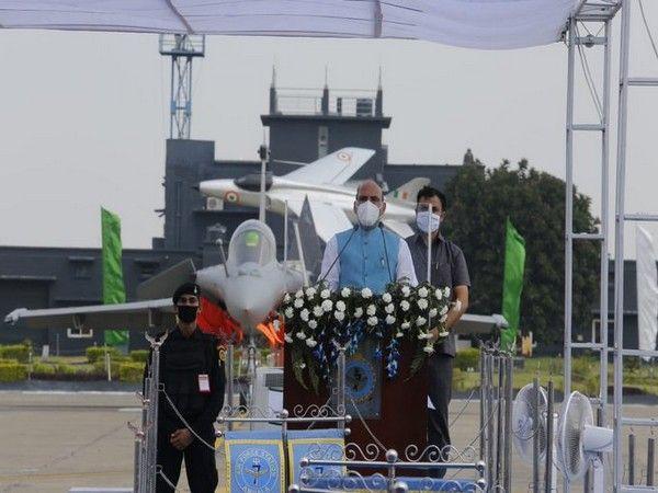 संरक्षण मंत्री राजनाथ सिंह