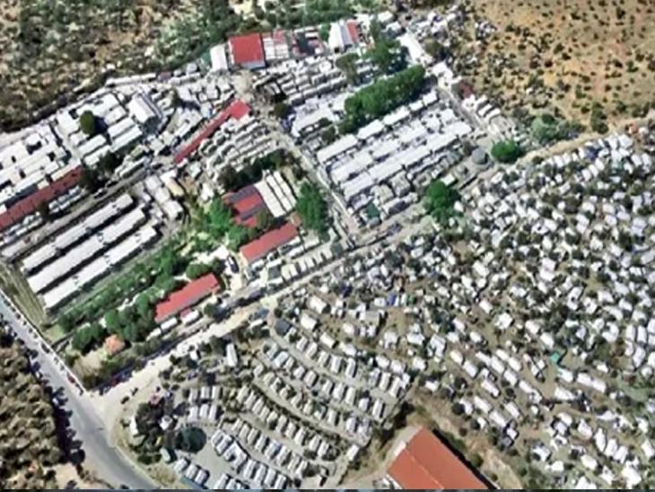 आग लागल्यानंतर मोरिया छावणी अशी दिसत होती. येथे ७० देशांतून आलेले स्थलांतरित राहत होते. त्यापैकी बहुतांश ७० टक्के अफगाणिस्तानचे होते. २०१५ नंतर येथे स्थलांतरितांची संख्या वाढली होती.