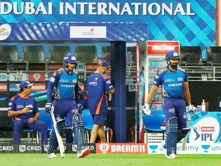 मुंबईसाठी पहिली सुपर ओव्हर क्विंटन डिकॉक आणि कर्णधार रोहित शर्मा यांनी खेळली. पंजाबने 5 धावा केल्या होत्या, प्रत्युत्तरात मुंबईला सुद्धा 5 धावा करता आल्या.