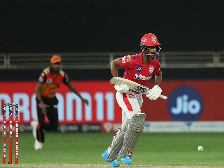 पंजाबकडून निकोलस पुराणने सर्वाधिक नाबाद 32 धावा केल्या. त्यामुळे संघाने 7 विकेट्सवर 126 धावा केल्या.