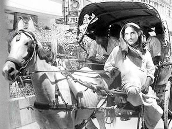 धर्मपाल गुलाटी दिल्लीच्या रस्त्यांवर टांगा चालवत होते. दोन महिन्यांतच त्यांनी हे काम सोडले