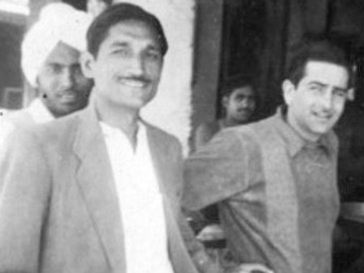 1950 च्या दशकात अभिनेता राज कपूरसोबत धर्मपाल गुलाटी.