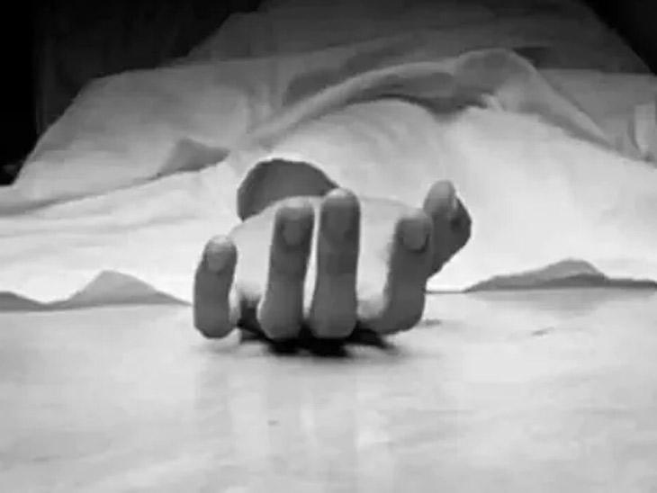 लसीकरण केंद्रावर आरोग्य अधिकाऱ्याची वरिष्ठांच्या जाचाला कंटाळून आत्महत्या, पाथर्डी तालुक्यात करंजी आरोग्य उपकेंद्रातील घटना|अहमदनगर,Ahmednagar - Divya Marathi