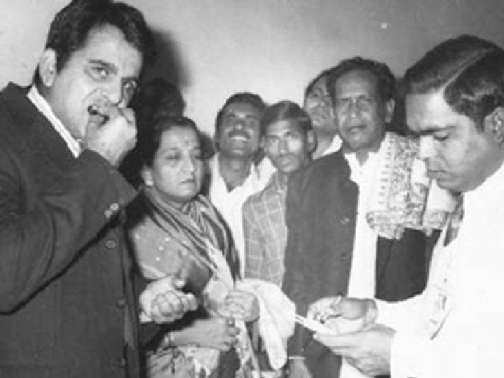 'त्या' कार्यक्रमाला दिलीपकुमार 3 तास थांबले!; नागपूर येथील निवेदक किशन शर्मा यांनी सांगितली आठवण नागपूर,Nagpur - Divya Marathi