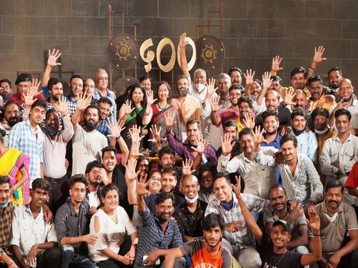 'स्वराज्यजननी जिजामाता'चे गौरवशाली 500 भाग, कलाकार आणि टीमने एकत्र येऊन साजरा केला क्षण मराठी सिनेकट्टा,Marathi Cinema - Divya Marathi