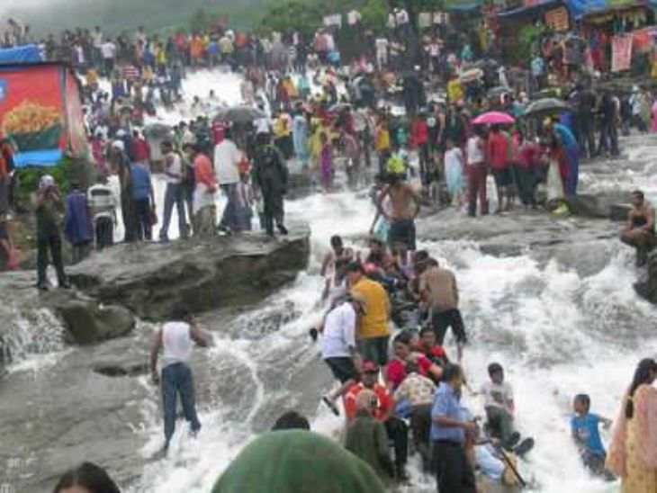 लोणावळ्यात जमावबंदी, कलम 144 लागू; कोरोना नियम डावलून पर्यटक करत होते गर्दी, तिसऱ्या लाटेचा धोका असताना खबरदारी|पुणे,Pune - Divya Marathi