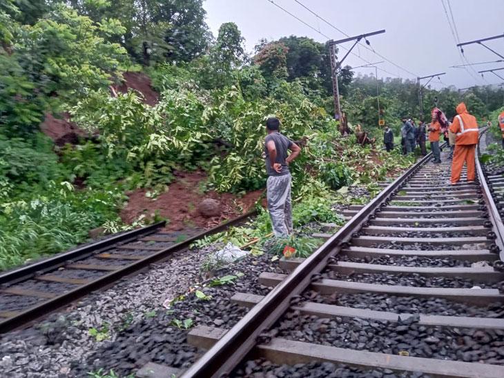 कसारा घाटात राष्ट्रीय महामार्गासह, रेल्वेच्या ट्रॅकवर दरडी कोसळल्याने वाहतूक विस्कळीत|नाशिक,Nashik - Divya Marathi