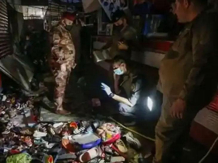 स्फोटानंतर बाजारात चेंगराचेंगरी झाल्याने बरेच लोक जखमीही झाले.