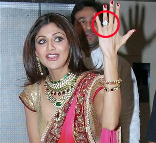राज-शिल्पाचे 2009 मध्ये लग्न झाले होते.