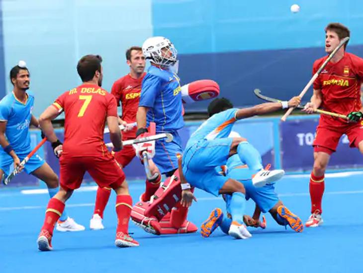पूल-ए च्या तिसऱ्या सामन्यात भारताने स्पेनला 3-0 ने पराभूत केले; क्वार्टरफायनलमध्ये पोहोचण्याच्या दावा मजबूत स्पोर्ट्स,Sports - Divya Marathi