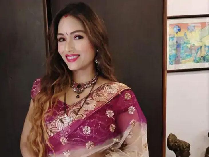 मॉडेल झोया राठोडचे राज आणि उमेश यांच्यावर धक्कादायक आरोप, म्हणाली - त्यांनी व्हॉट्सअॅपवर न्यूड ऑडिशनचे व्हिडिओ पाठवायला सांगितले होते|बॉलिवूड,Bollywood - Divya Marathi